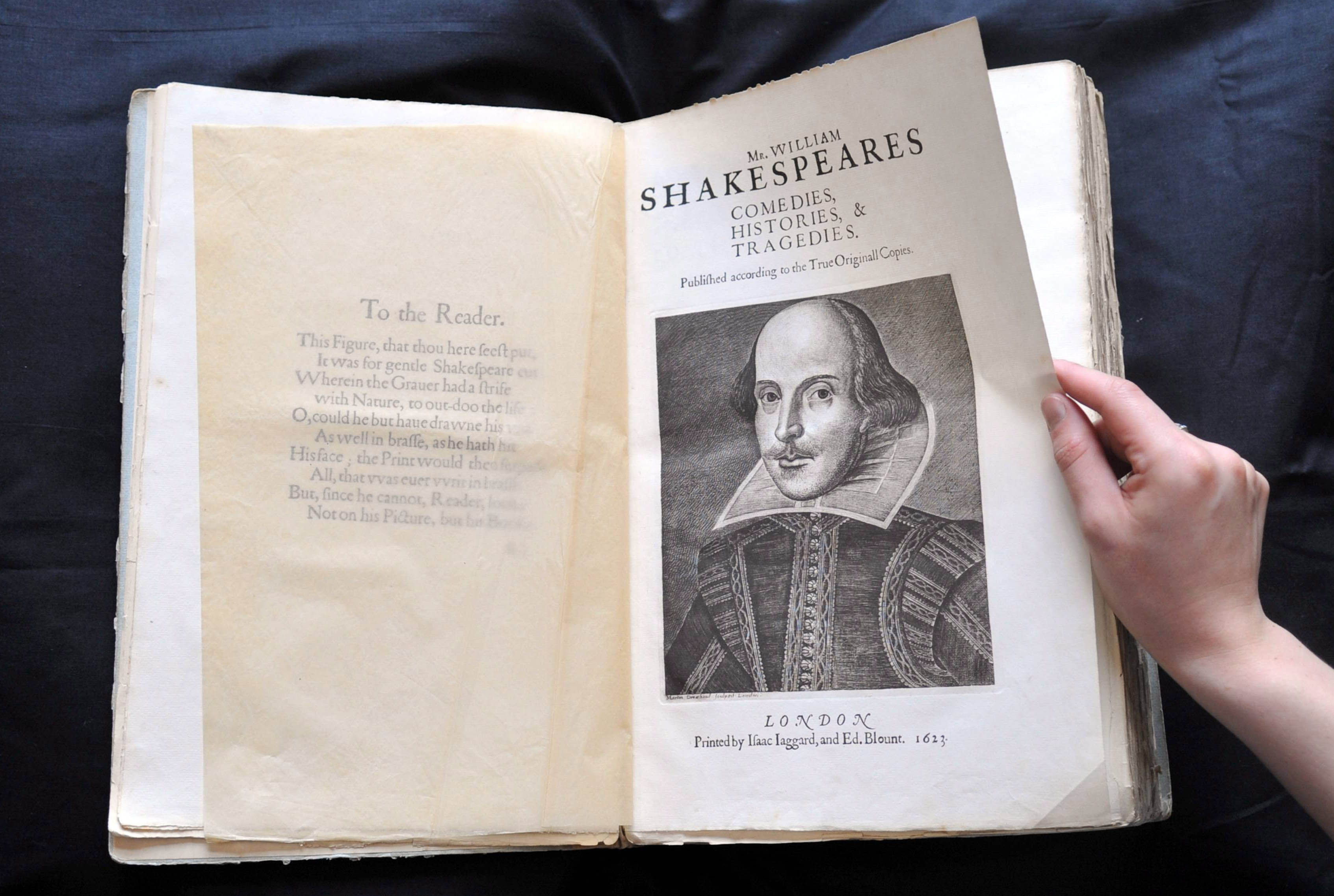 shakespeare research papers Writing a research paper is a common type of paper for you you should always start with a topic selection, and then switch to researching for relevant material.